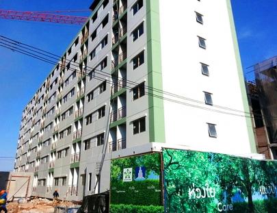 งานโครงสร้าง พื้นชั้นดาดฟ้า แล้วเสร็จ 100%   อาคาร F4